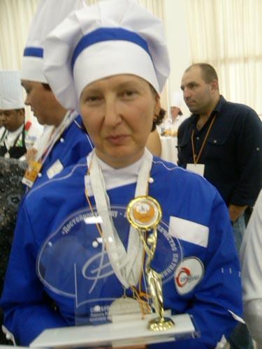 Татьяна Габеркорн  лучший повар рабочего питания - 2 место